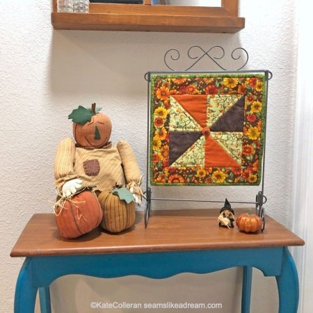 Stunning Fall Quilts to decorate your home featured by top US quilt blog and shop, Seams Like a Dream Quilt Designs
