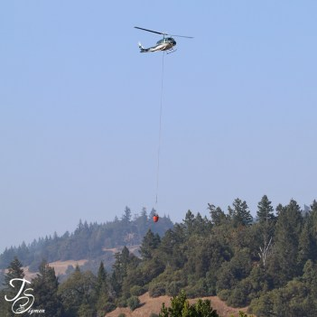 helicopter fire support August Complex 2020 Eel River California image by Teresa Sigmon