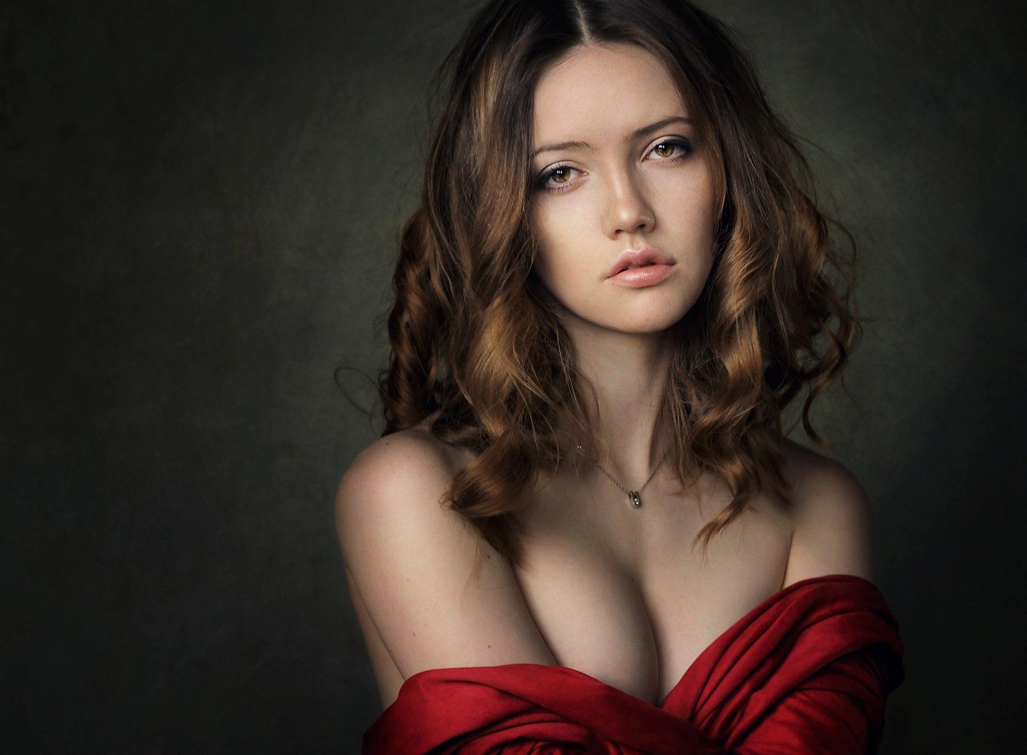 nadya model