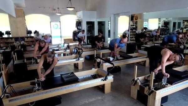 10AM INT/ADV Pilates Reformer Group Class – Vimeo thumbnail