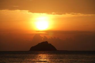 Sunsent on Koh Audang, Thailand