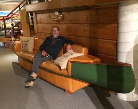 Canoe sofa