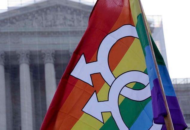 Escritor gay quer provar que a Igreja deve aceitar o homossexualismo