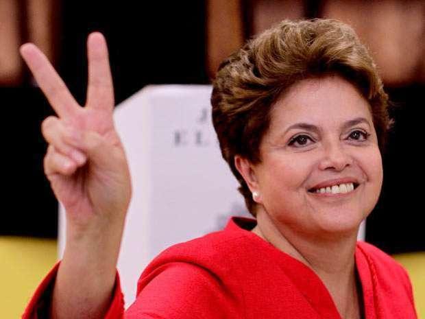 Dilma Rousseff é reeleita e garante quarto mandato presidencial ao PT