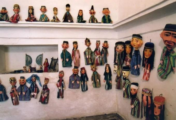 お土産の人形(ヒヴァ、イチャン・カラ)
