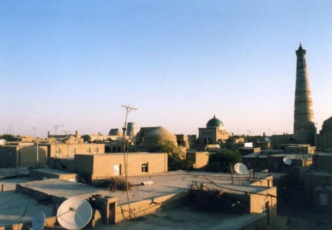イチャン・カラの朝。宿の屋上から。