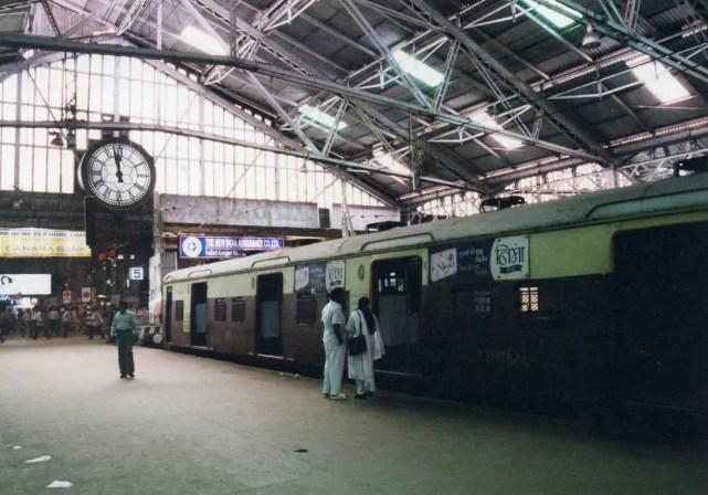 ムンバイの駅