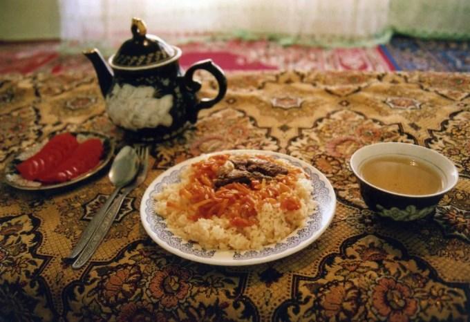 ウズベク民家で食べたプロフ【ウズベキスタン(ブハラ)】