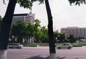 タシケントの中心、ティムール広場付近