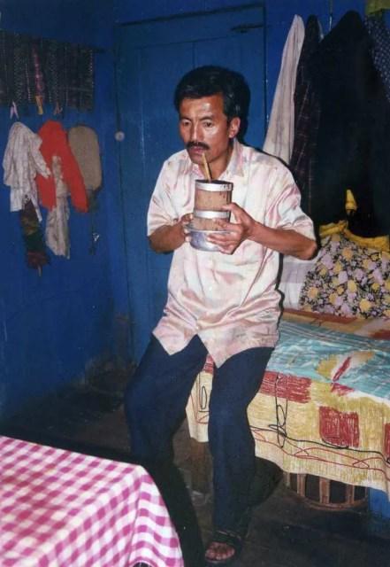 ダージリン チベット人の家