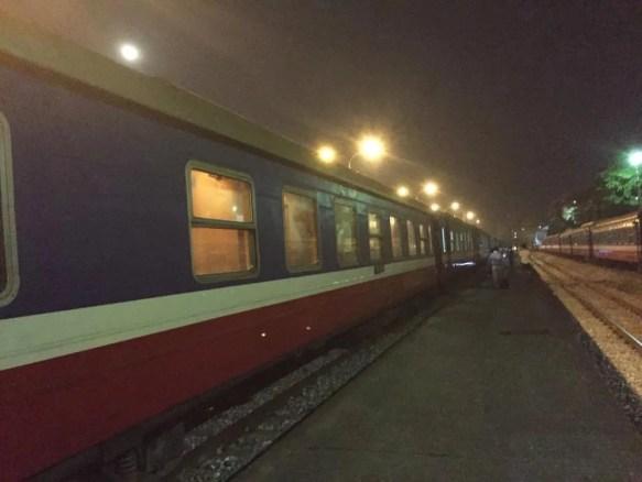 ベトナム3 ラオカイ〜ハノイ 夜行列車の旅