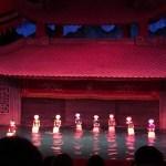 ベトナムの伝統楽器の音色と共に、水上人形劇を楽しむ【ベトナム】