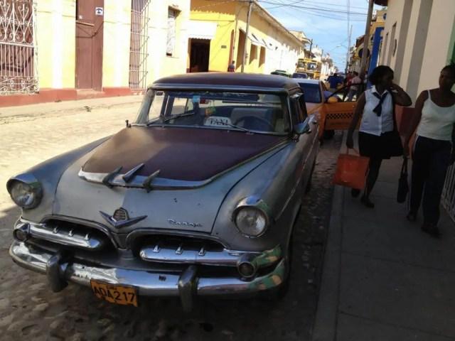 クラシックカー、トリニダーの風景 【キューバ Cuba】