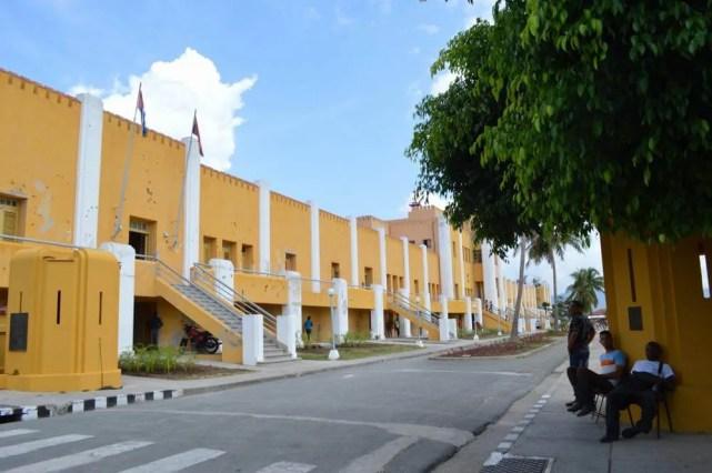 7月26日モンカダ兵営博物館、サンティアゴ・デ・クーバの風景 【キューバ Cuba】
