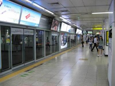 韓国、ソウルの地下鉄【韓国、ソウル】