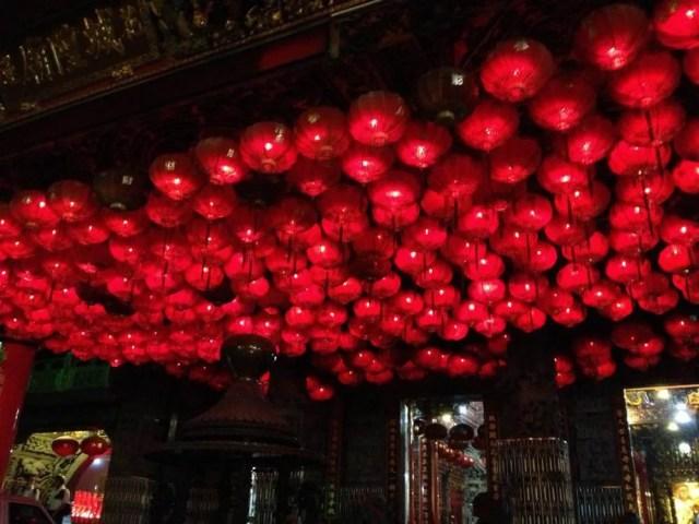 花蓮のお寺の提灯【台湾】