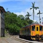 平渓線の旅(街中を列車が走る「十分駅」と、台湾のナイアガラ「十分瀑布」)