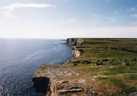 さいはての島へゆく(アラン諸島 イニシュモア島)【アイルランド】