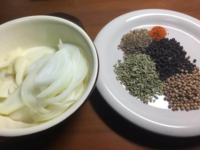 【レシピ】チェッティナードゥ・チキンコランブ