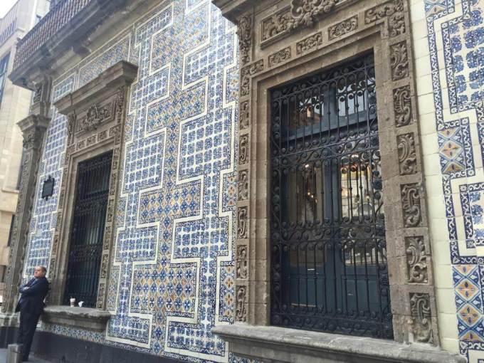 青いタイルの家(メキシコシティ②)【メキシコ】