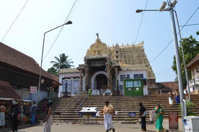 バドマナーバスワーミ寺院 トリヴァンドラム(南インド・ケララ州12)