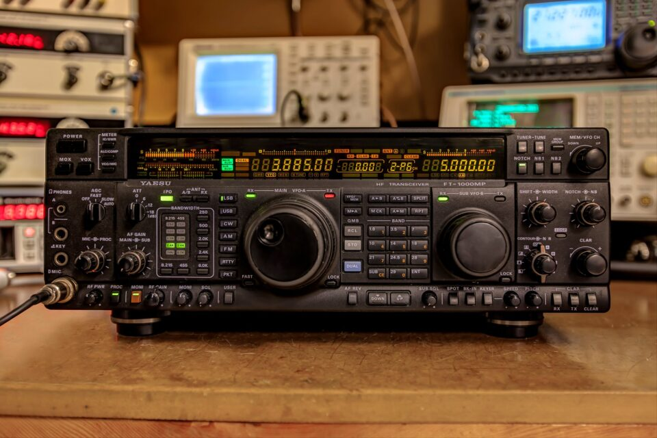 Yaesu FT-1000MP Repair and Modification - YouTube