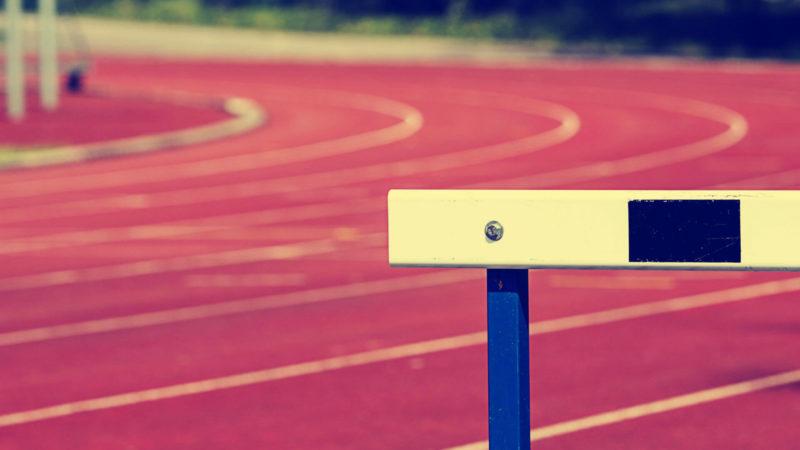 hurdle-track-race-ss-1920