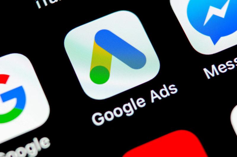 google-ads-black-google-ads-shutterstock_1169319226-800x533 How keyword match types work after the new close match variants change