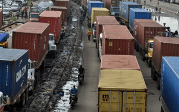 Buhari-Gives Truck Operators, Drivers 72Hrs To Clear Off Apapa Roads