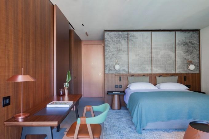 lake-como-hotel-patricia-urquiola-hotel-interior-italy_dezeen_2364_col_10