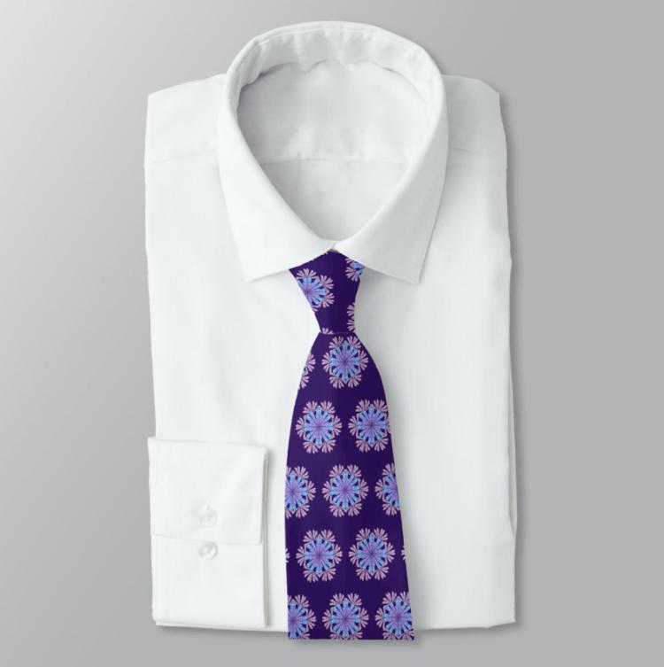 Purple seashells patterned tie