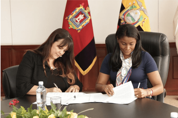 This image has an empty alt attribute; its file name is SSL-Ecuador-AG-Signing-1.png