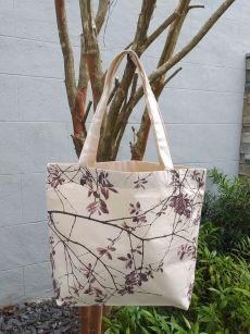 AFT859R Classic Tote Natural Photos Silk Screen
