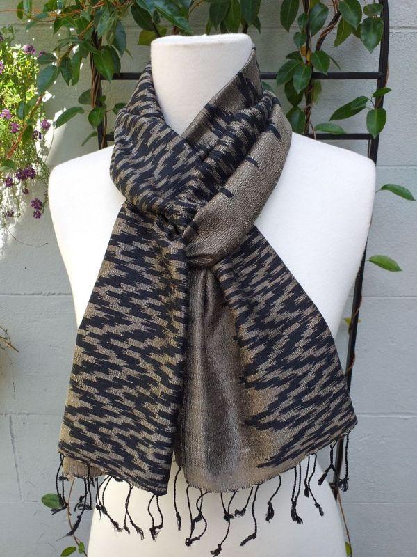 NMD514C SEAsTra Fair Trade Silk Scarf