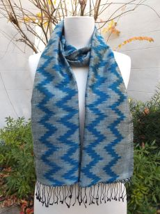 NMD675B SEAsTra Fairtrade Silk Scarf