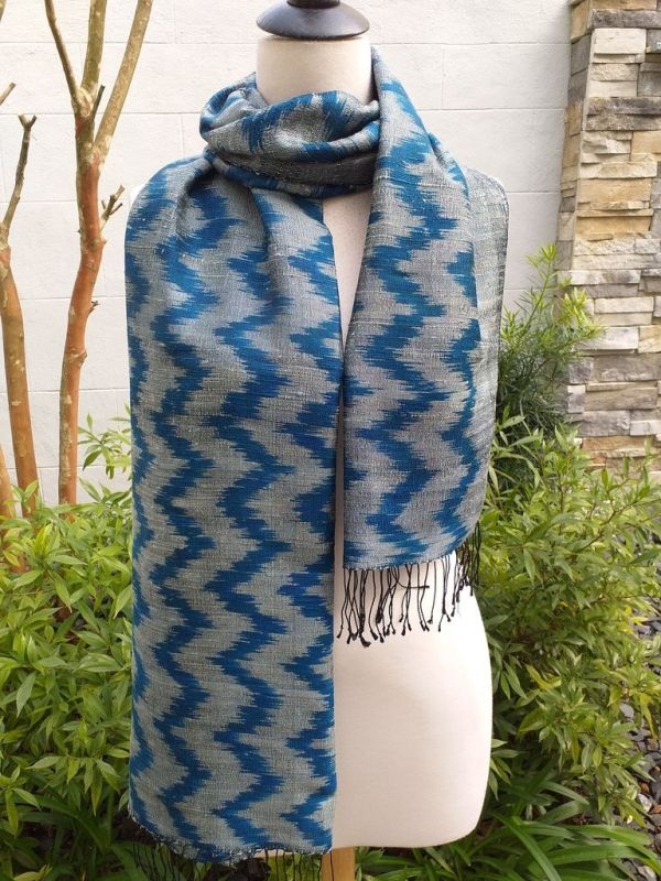 NMS675E SEAsTra Fair Trade Silk Scar