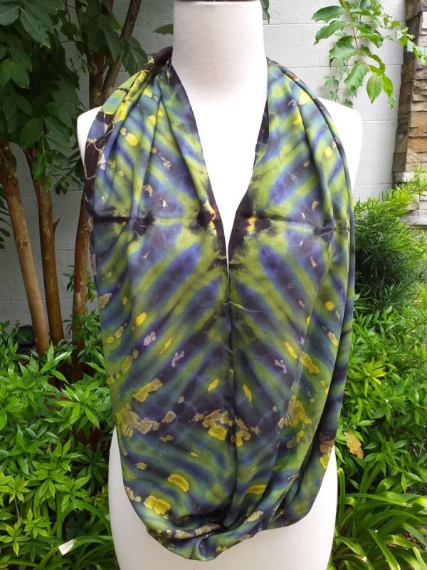 XDI708a Bright Color TieDye Rayon Infinity Scarf