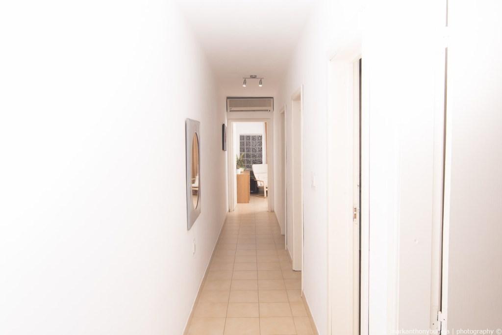 Seaside Apartments Malta Mellieha 1 - bedroom corridor