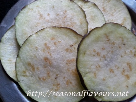 Eggplant slices for Brinjal Bajji Recipe