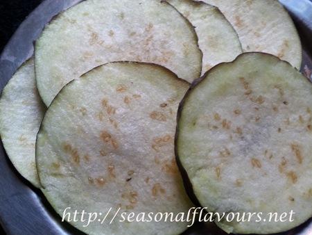 Eggplant slices for Brinjal Bajji Recipe