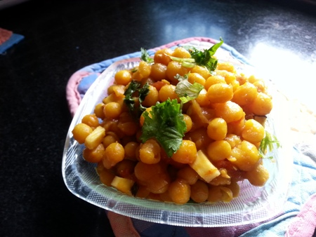 Dry Yellow Peas (Matar) Curry Recipe