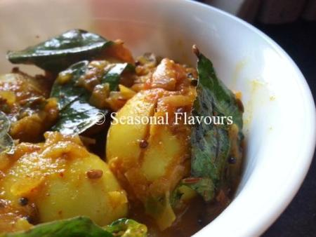 Andhra Tomato Egg Masala Curry Recipe