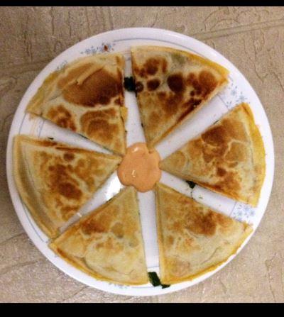 quesadilla maker naan flatbread pizza