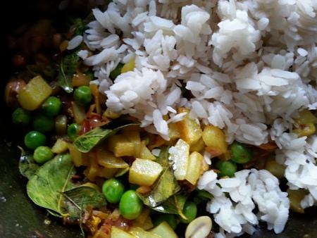 Rice Flakes Upma