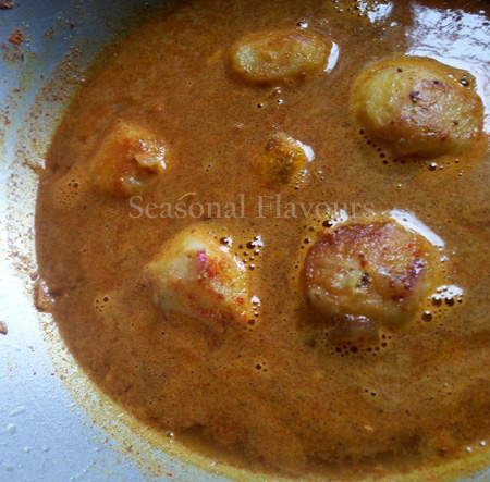 Add fried potatoes to gravy and cook for small potatoes recipe