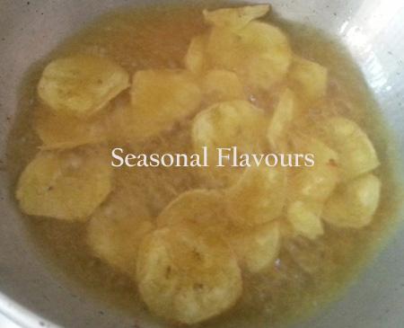 Cook the Ethakka upperi till crisp