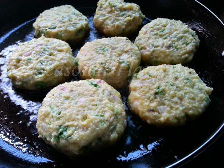 Shallow fry khichuri kababs
