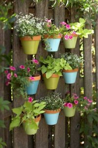 vflower pots