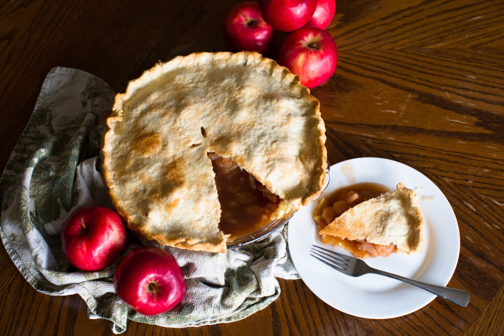 This vegan apple pie is as easy as it is delicious! Serve after any meal for the perfect dessert this holiday season.