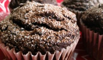 Recipe: Chocolate-Almond Zucchini Muffins (vegan)
